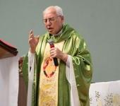 Monsenhor Jonas convoca Renovação Carismática a ser uma fábrica de santos